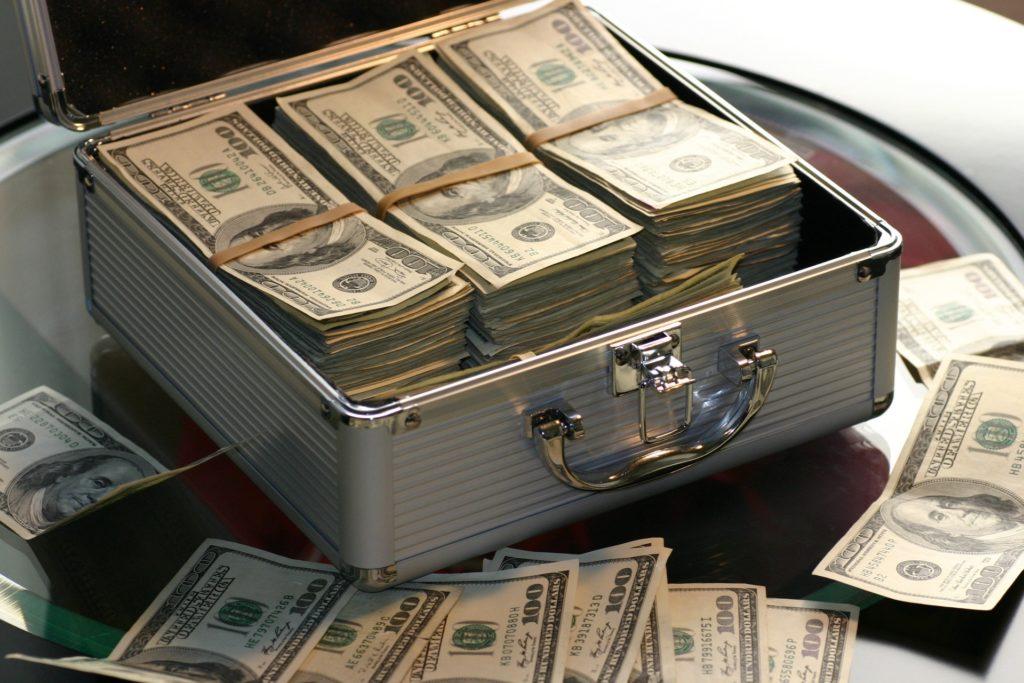 lucrați la opțiuni binare de la 1 dolar cum să faci bani acum nu există bani