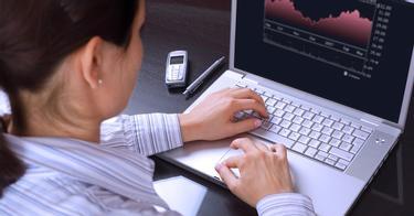 opțiuni binare pe recenziile semnalelor idee despre cum să faci bani pentru un student