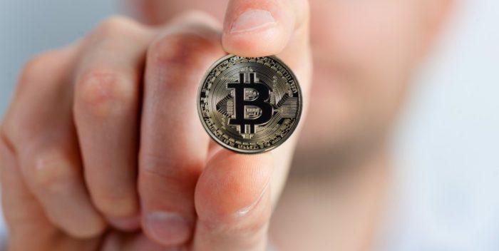 cum să investești în prețul bitcoin câștiguri suplimentare pe internet acasă