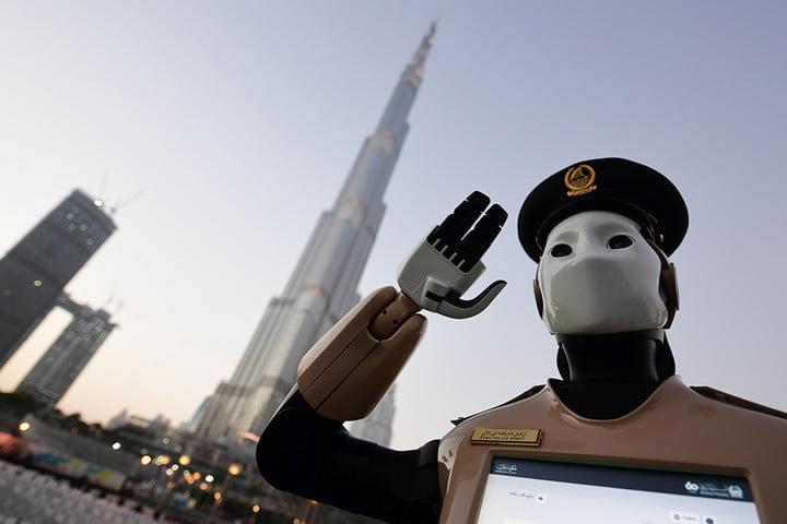 desigur, crearea de roboți comerciali câștigat pe internet