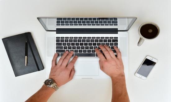 lucrați de acasă pe Internet fără investiții